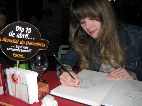 Encontro dia mundial do desenhista, Belo Horizonte, Ila Fox desenhando