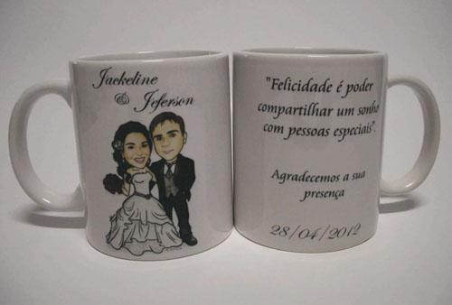 caricatura noivos, corpo inteiro, colorido, noivo de uniforme do vasco, caricatura para casamento ila fox