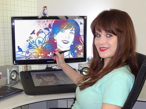 ila em sua escrivaninha em belo horizonte 2013, Ila Fox Studio